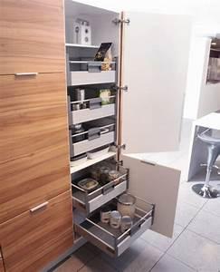 Armoire Rangement Cuisine : astuce rangement cuisine comment faire la meilleur combinaison ~ Teatrodelosmanantiales.com Idées de Décoration