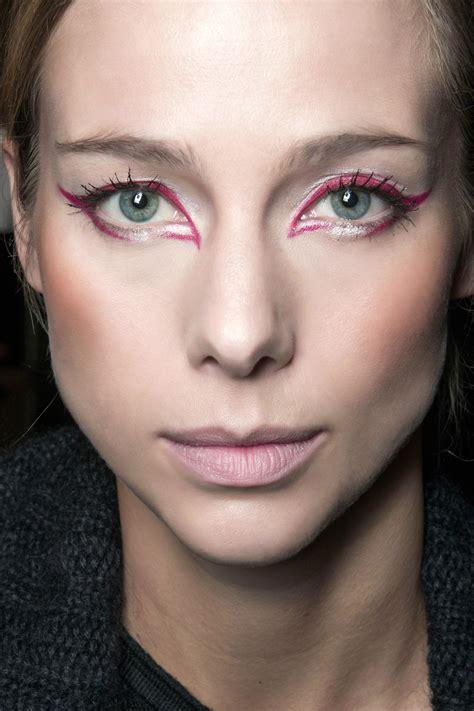 ways  wear colored eyeliner stylecaster