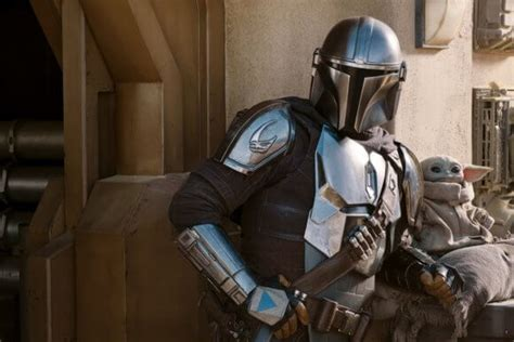 'The Mandalorian' Shows Off a Season 2 Trailer, Poster and ...