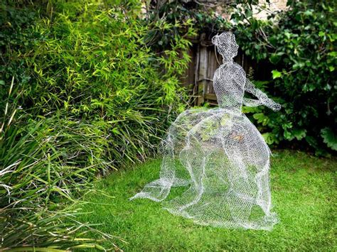 spooky halloween diy projects   homes exterior