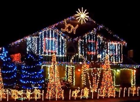 decoration de noel americaine vid 201 os des maisons illumin 233 es pour les f 234 tes de fin d 233 e aux 201 tats unis