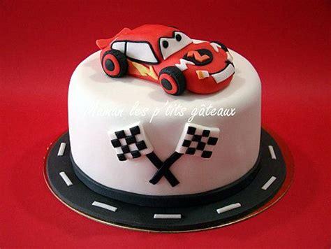 deco gateau anniversaire cars 17 best ideas about gateau anniversaire cars on g 226 teaux d anniversaire de voiture