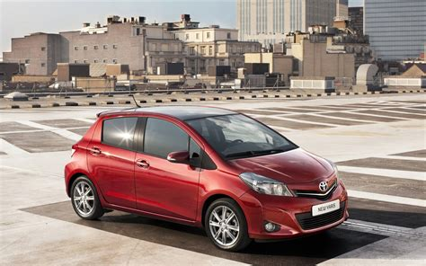 Toyota Yaris Hd Picture by Toyota Yaris 2012 Wallpaper Hd Car Wallpapers Id 2175