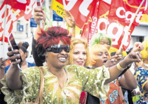 salaire femme de chambre palace palace les femmes de chambre arrachent 420 euros de plus