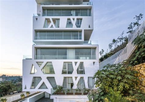 The Cube Residential Tower Features Stacked Units That Maximize Outdoor Space