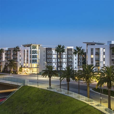 howard hughes center apartments site   oneil