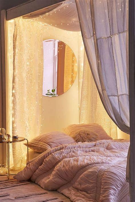 string lights for bedroom 27 cool string lights ideas for bedrooms digsdigs