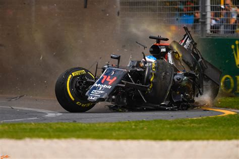 formula 4 crash blink of an eye nikon d5 the crash f1 australian grand
