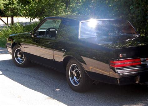 bat exclusive  mile  buick grand national bring