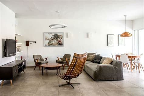 Light-Filled Contemporary Living Rooms : A Light-filled Home In Israel Gets A Renovation