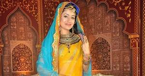 Paridhi Sharma Cute Stills From Tv Show Jodha Akbar ...