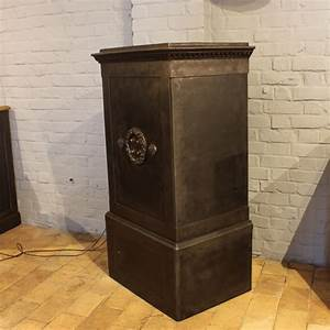 Mobilier Industriel Ancien : mobilier industriel ancien coffre fort industriel 1900 ~ Teatrodelosmanantiales.com Idées de Décoration
