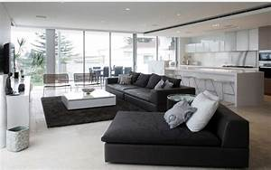 12 superbes decorations de salon avec un canape noir With tapis de yoga avec comment changer la couleur d un canapé en cuir