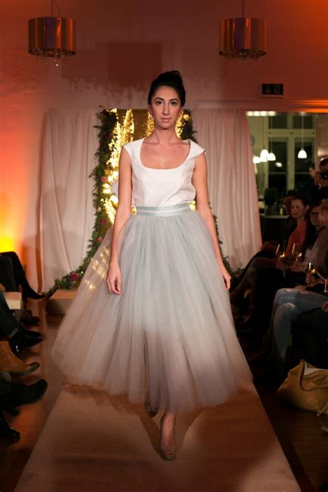 bridal party im gossler haus  wedding sisters