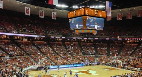 University of Texas Welcomes 11 New LED Displays from ...