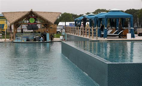 First Margaritaville Resort in Texas opens on Lake Conroe