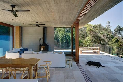 game  stealth macmasters beach house architecture