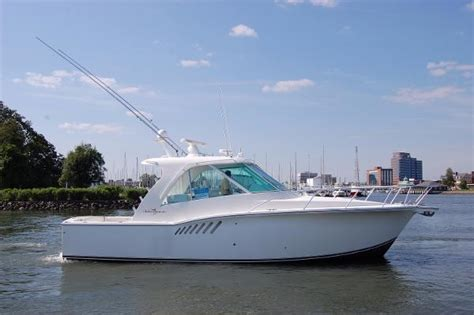 Enclosed Express Boats by Albemarle 360 Enclosed Express Fish Boats For Sale