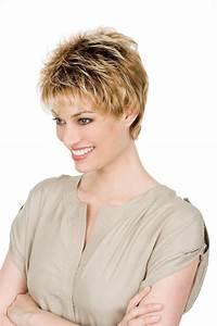 Coupe Courte Avec Meche : coupe de cheveux courte femme avec meche look cheveux ~ Nature-et-papiers.com Idées de Décoration