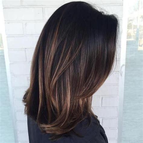 balayage schwarz braun die 25 besten ideen zu highlights schwarze haare auf balayage schwarzes haar