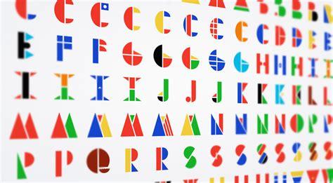 six letter countries multinational typeface morphs national flags into letter forms 24884 | multinational typeface morphs countries flags to create letters designboom 01