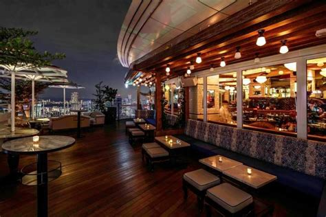 rooftop bars  drinks   view  singapore