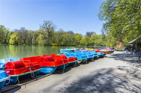 Englischer Garten Bike Rental by Munich With Beyond And Pretzels In Bavaria S