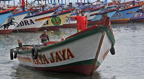 Aborsi Alami Jakarta Utara Nelayan Pantura Diminta Waspadai Hujan Angin Kencang