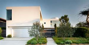 White Stucco Modern House in Venice, California By Dennis