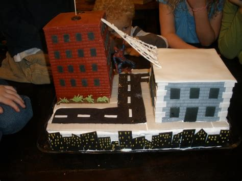amazing buildings themed cakes