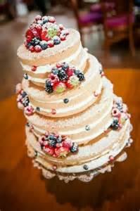 hochzeitstorten aus fondant wedding hochzeit torte idee hochzeitstorte mal anders ohne den typischen überzug aus
