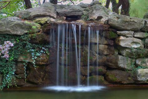 Slideshow 464-01: Waterfall in Shelter Insurance Gardens ...