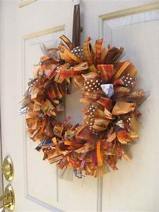 50 Amazing Fall Wreaths! - I Heart Nap Time