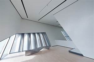 Expressive Interface  Eli  U0026 Edythe Broad Art Museum