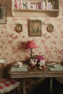 Eye For Design: Decorating Vintage Cottage Style Interiors