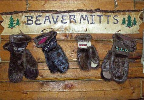 beaver mittens timberado beaver mitts alaskan  fur
