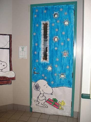 Snoopy Classroom Door Decorations by E86d62038d55b877f1f322bd2f81ec6f Jpg