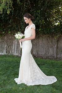 Wedding dresses from etsycom by us uk canadian and nz for Stretch lace wedding dress