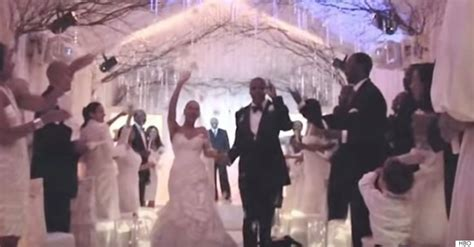 Beyoncé Was Not Crazy In Love With Wedding Dress Designed