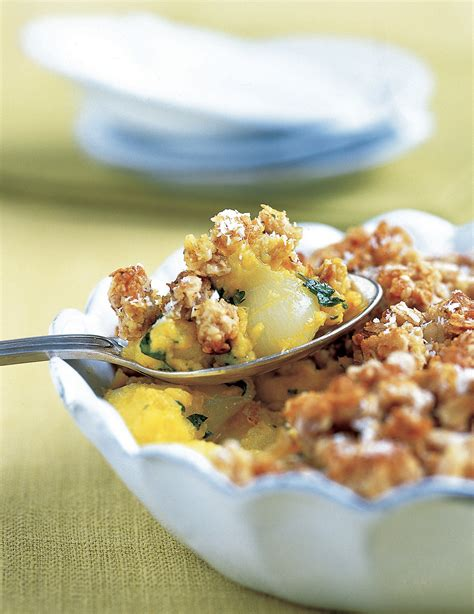 recette de crumble salé crumble pommes oignons et curry pour 4 personnes