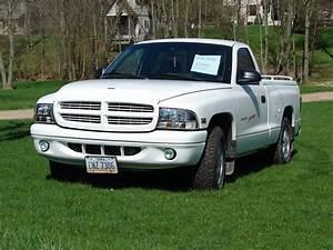 1998 Dodge Dakota  U2013 Pictures  Information And Specs