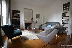 salon contemporain dans appartement haussmannien avec With parquet haussmannien