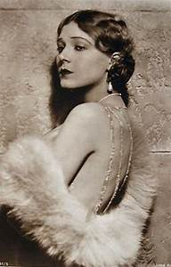 2000 best images about MUJERES DE OTRA EPOCA on Pinterest ...