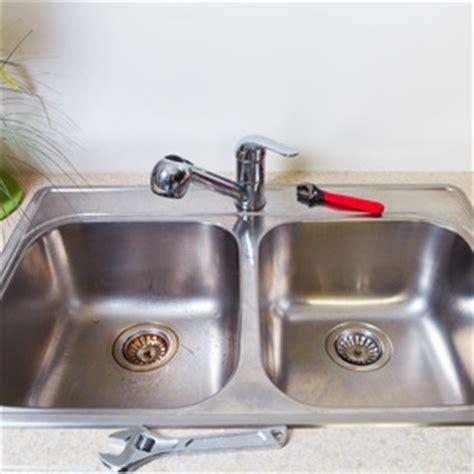 comment changer robinet cuisine comment poser un évier
