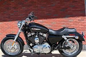 2017 Harley-Davidson® XL1200C Sportster® 1200 Custom ...
