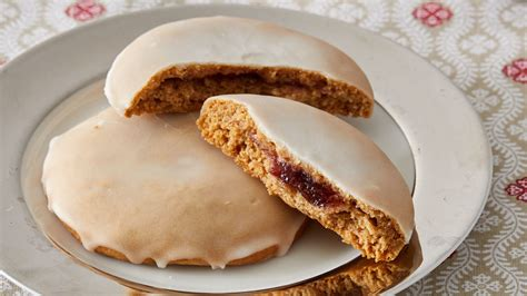 russian gingerbread cookies pryaniki