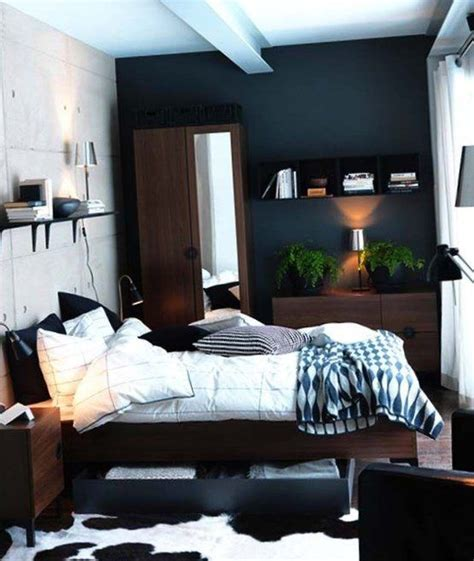 Bedroom Decor Ideas For Mens Bedrooms by Best 25 Bedroom Decor Ideas On