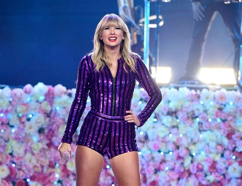 Taylor Swift's Amazon Prime Day Concert Outfit Sparkles in ...
