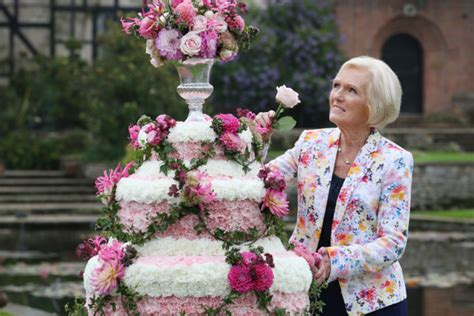 great british baking shows mary berry hosting tea