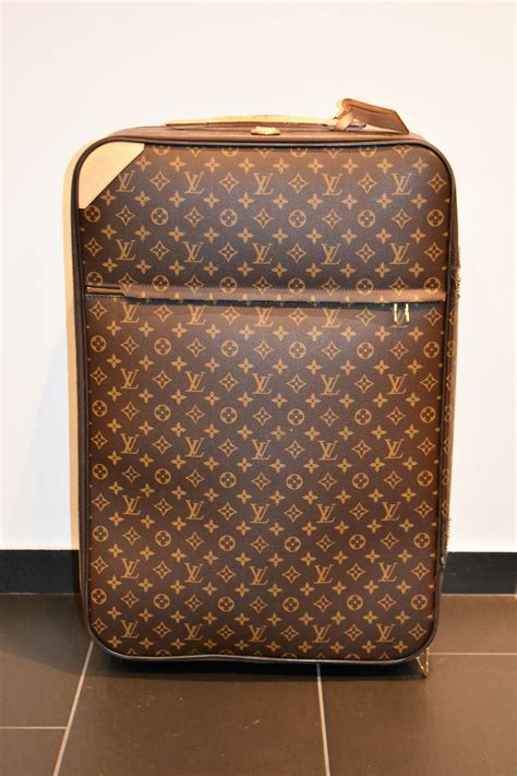 suitcase pegase  louis vuitton genuine ps auction    future largest  net